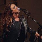 Karen Barrow / SingStyle