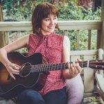 Molly Tuttle + Rachel Baiman (USA) in concert at Meltham