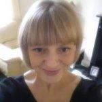 Alison / Art Consultant