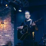 Live music with Richard James at The White Hart
