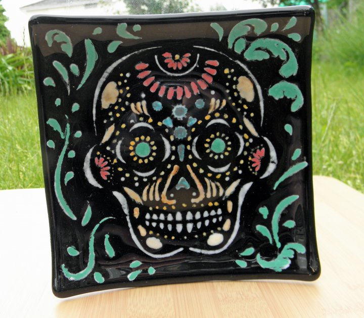 Black Sugar Skull Dish