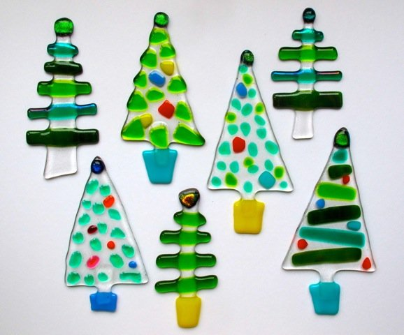 fused glass tree hangings - Glass Christmas Tree Decorations