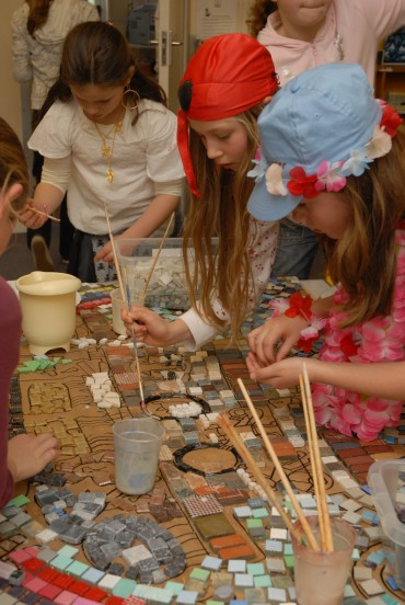 Galmpton Primary Mosaic Workshop