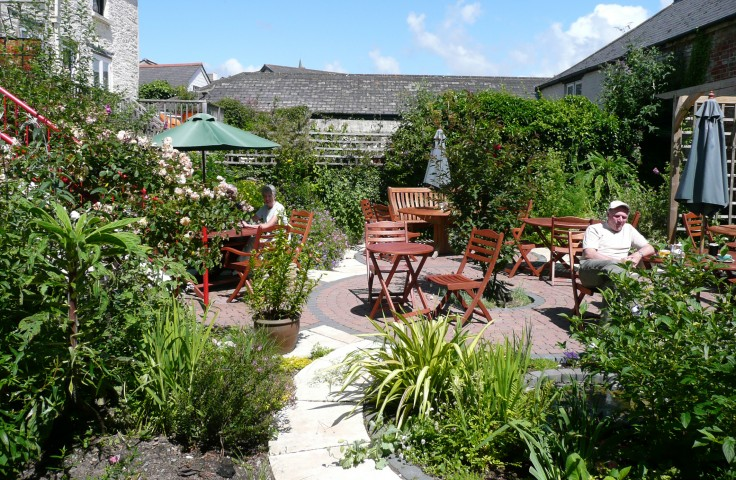 Harbour House Cafe Garden