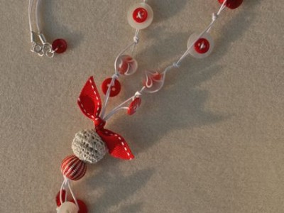 Red and white bead and button necklace