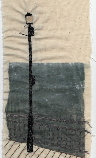 Sewn Lamp Post And Pier