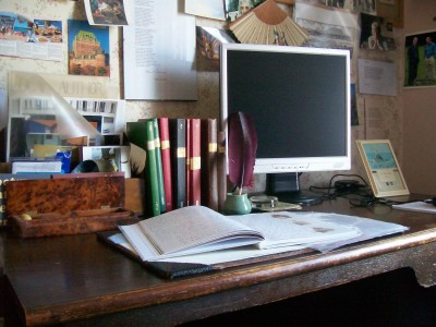 William's desk where many of the poems are written.